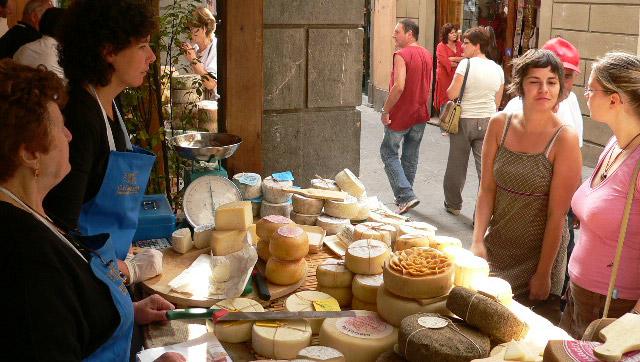 mercato-castelnuovo